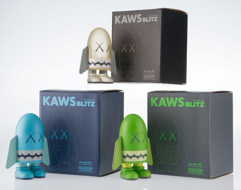 KAWS, 'Blitz (set of 3)', 2004, Sculpture, Painted cast vinyl, Heritage Auctions