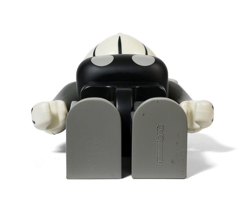 KAWS, 'BEARBRICK COMPANION 400 % (Grey)', 2002, Sculpture, Painted cast vinyl, DIGARD AUCTION