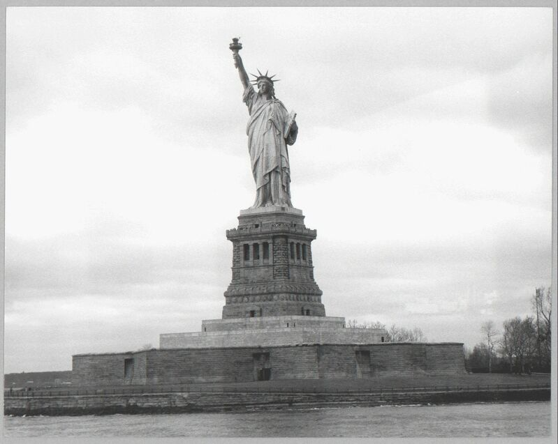 Andy Warhol, 'Statue of Liberty', 1970's, Photography, Silver gelatin print on paper, Galerie Andrea Caratsch