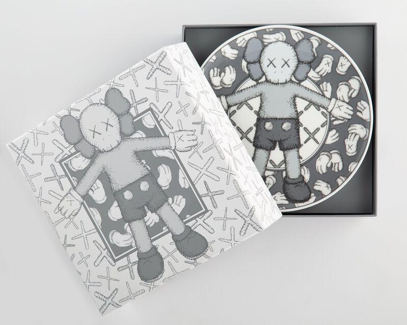 KAWS, 'Holiday: Taipei, set of four', 2019, Textile Arts, Ceramic plate set, Heritage Auctions