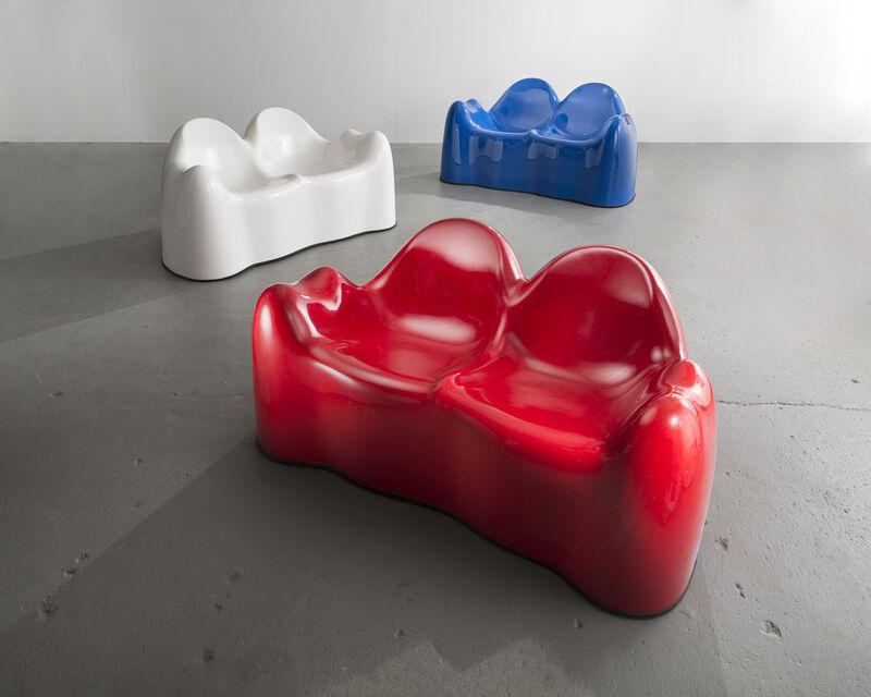 Wendell Castle, 'Molar Settee', 1969, Design/Decorative Art, Red, gel-coated, fiberglass-reinforced plastic, R & Company