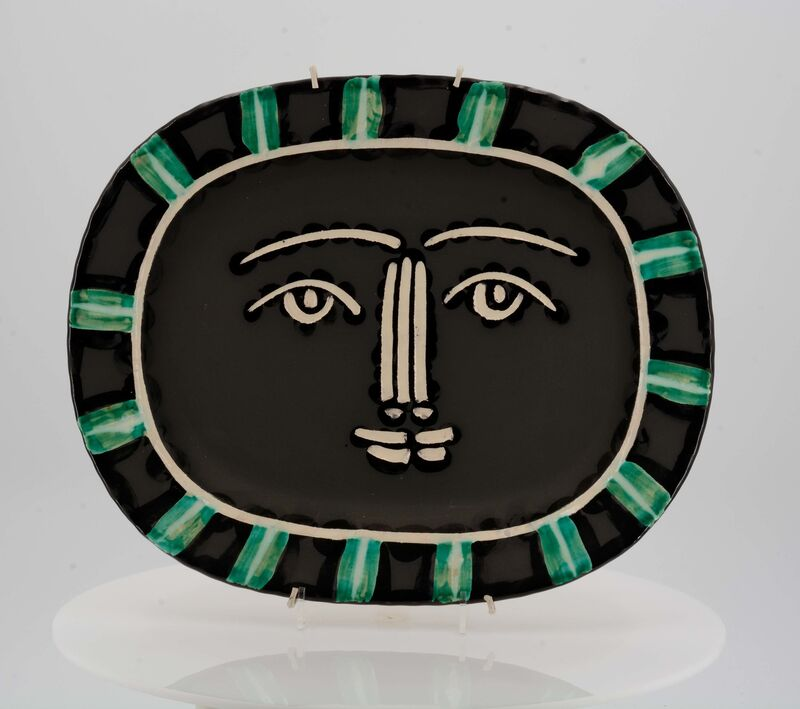 Pablo Picasso, 'Grey face', 1953, Design/Decorative Art, White earthenware clay, polychromed and partially glazed, Van Ham
