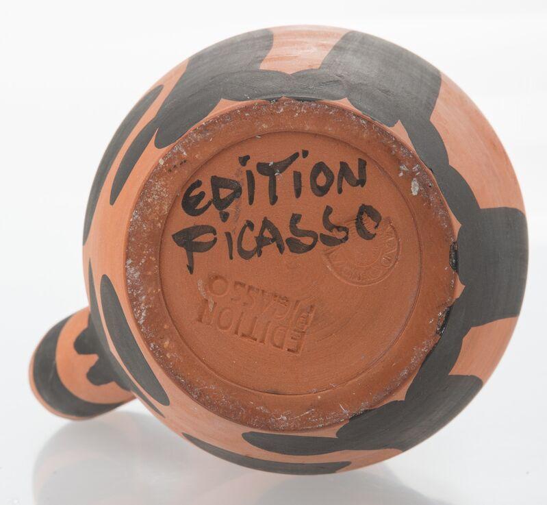 Pablo Picasso, 'Pichet Yan', 1952, Design/Decorative Art, Terre de faïence pitcher with hand painting, Heritage Auctions