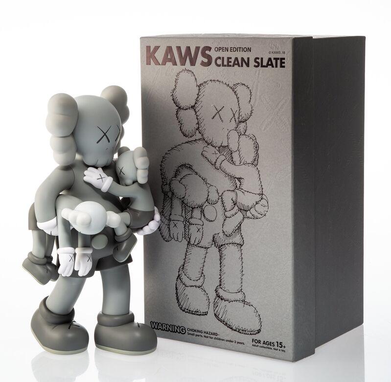 KAWS, 'Clean Slate (Grey)', 2018, Sculpture, Painted cast vinyl, Heritage Auctions