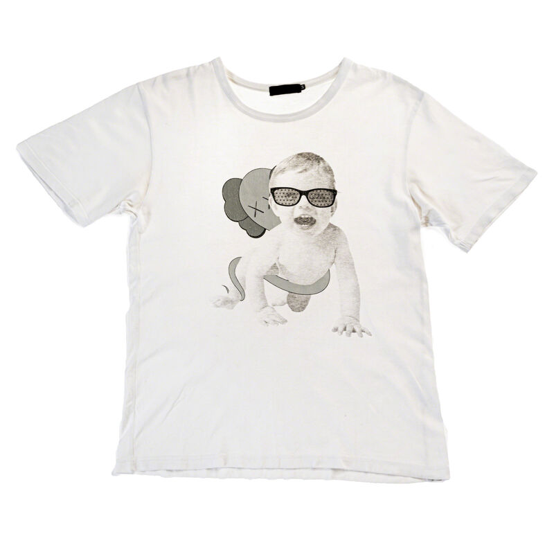 KAWS, 'ORIGINALFAKE BABY CRAWLING TEE SHIRT', 2011, Fashion Design and Wearable Art, Tee-shirt, DIGARD AUCTION