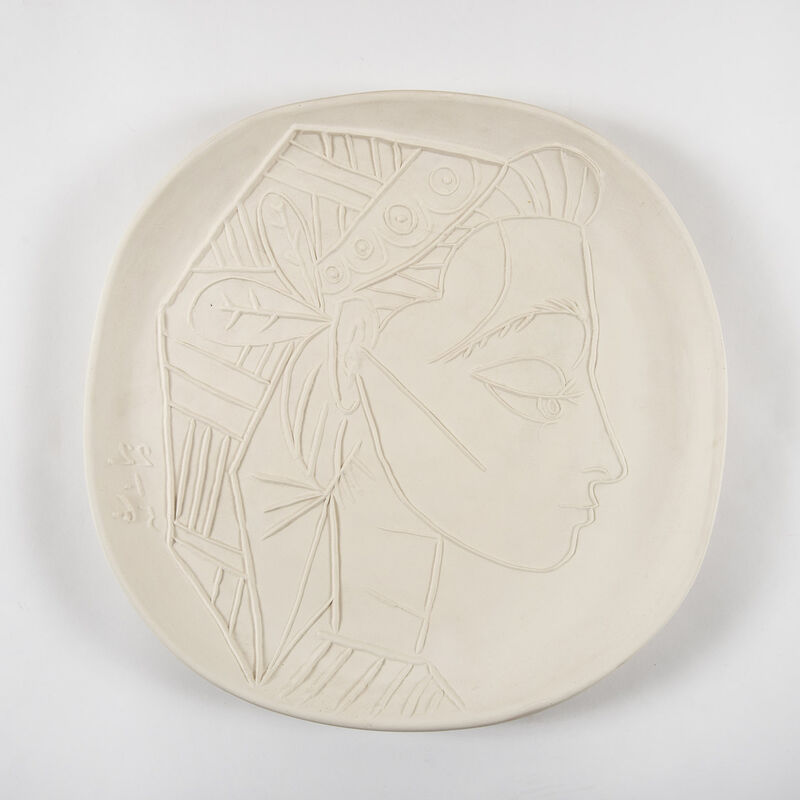 Pablo Picasso, 'Profil de Jacqueline (A.R.309)', 1956, Design/Decorative Art, White earthenware, HELENE BAILLY GALLERY