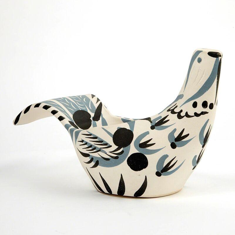 Pablo Picasso, 'Sujet Colombe, Mat (A.R. 433)', 1959, Design/Decorative Art, Painted white ceramic vase, Doyle