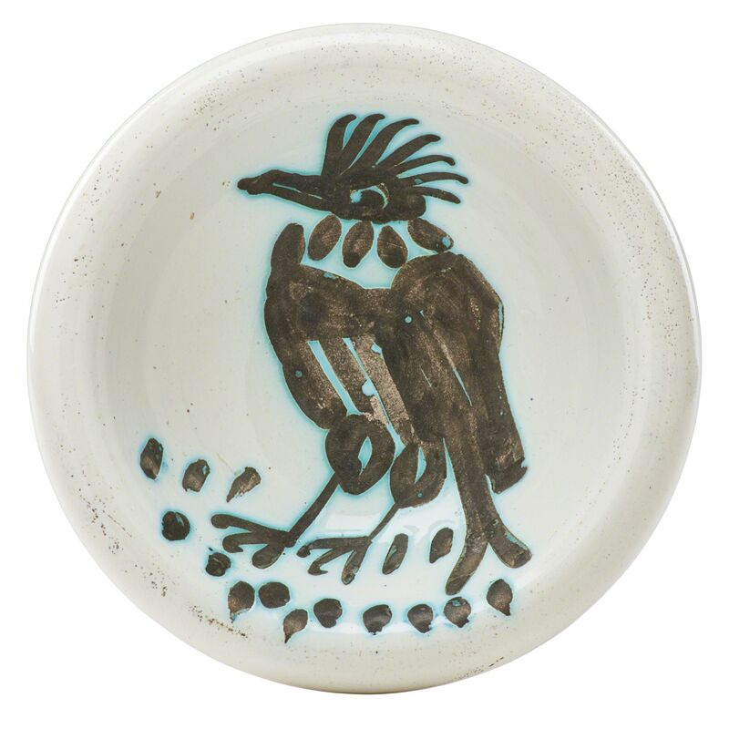 Pablo Picasso, 'Bird with Tuft (Oiseau avec Touffe) ashtray, France', des. 1952, Design/Decorative Art, Glazed earthenware decorated in wax resist, Rago/Wright/LAMA