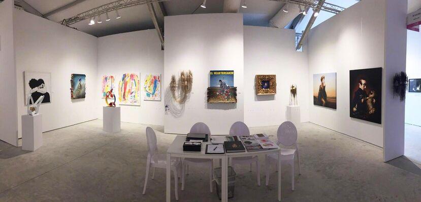 N2 Galería at CONTEXT Art Miami 2018, installation view