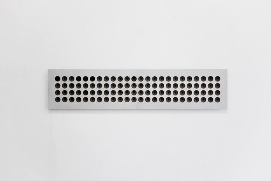 Tristan Perich, 'Interval Study #3: 96 divisions of the perfect 13th from E3 to B4', 2010