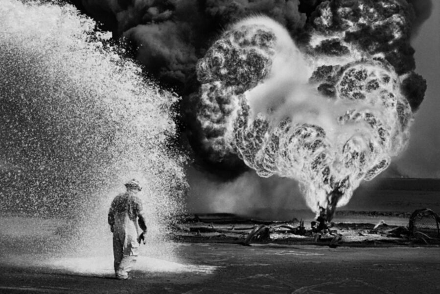 Sebastião Salgado, 'Oil wells firefighter, Greater Burhan, Kuwait', 1991