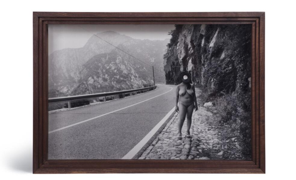 Cai Dongdong, 'The Roadside Photographer 路旁的攝影者', 2017