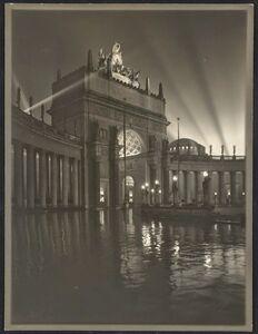 Portals of the Past: The Photographs of Willard Worden