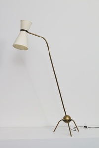 Floor lamp with tripod base and shade