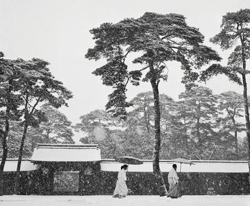 JAPAN. Tokyo. Courtyard of the Meiji shrine