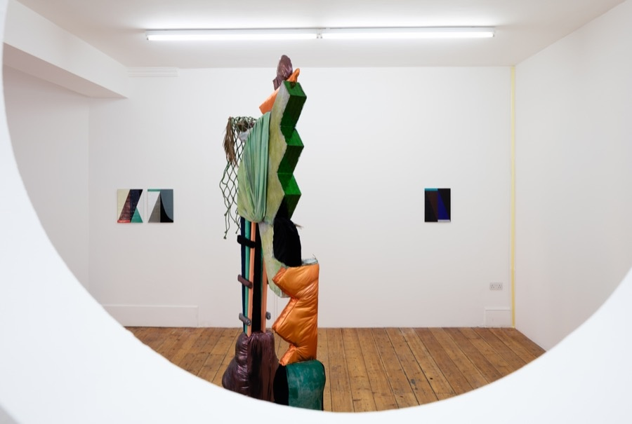 Installation view of Condo, Callicoon Fine Arts with Rodeo, London, 2016. Courtesy of Rodeo andCallicoon Fine Arts.