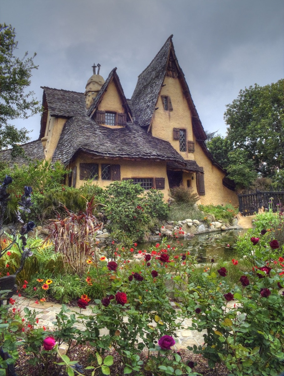 Harry Oliver, Witch's House, Beverly Hills, CA, 1921. Photo by Douglas Keister. © Douglas Keister.