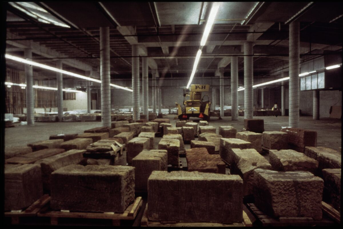 Construction of The Temple of Dendur at the Metropolitan Museum of Art. Courtesy of the Metropolitan Museum of Art.