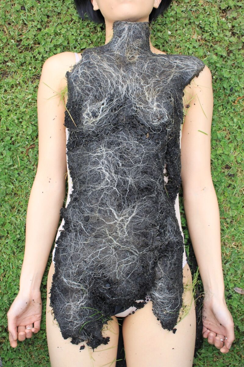 Pia Interlandi, Body Moulds, Series 1-Reapplied, 2008. Courtesy of Pia Interlandi.