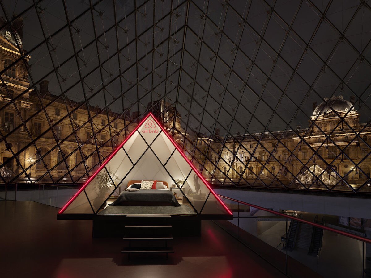 Airbnb at the Louvre. Photo © Julian Abrams.