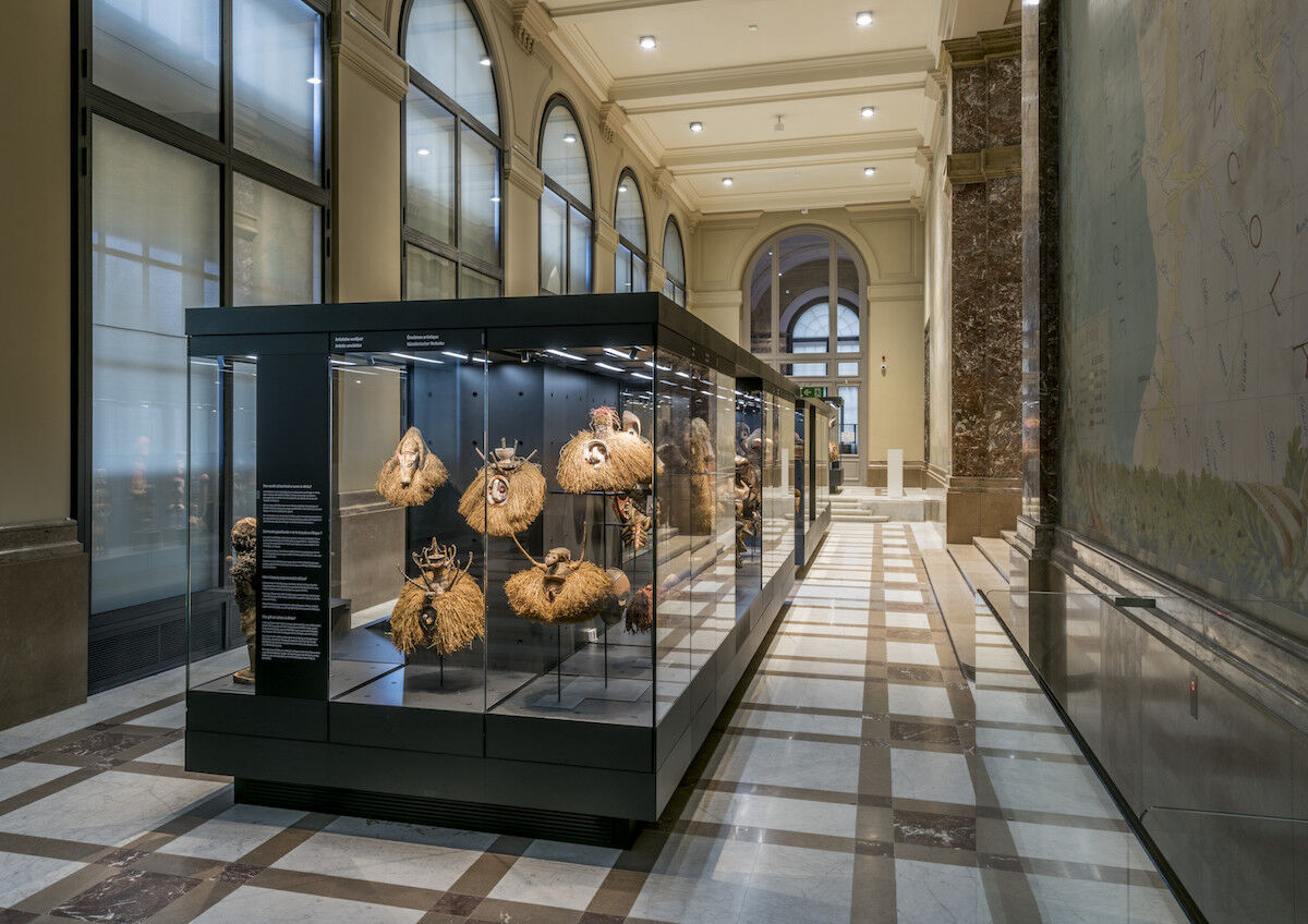 """A view of the exhibition """"From the collection: Unrivalled art"""" at the Africa Museum. Photo © RMCA, Tervuren, photo Jo Van de Vijver."""