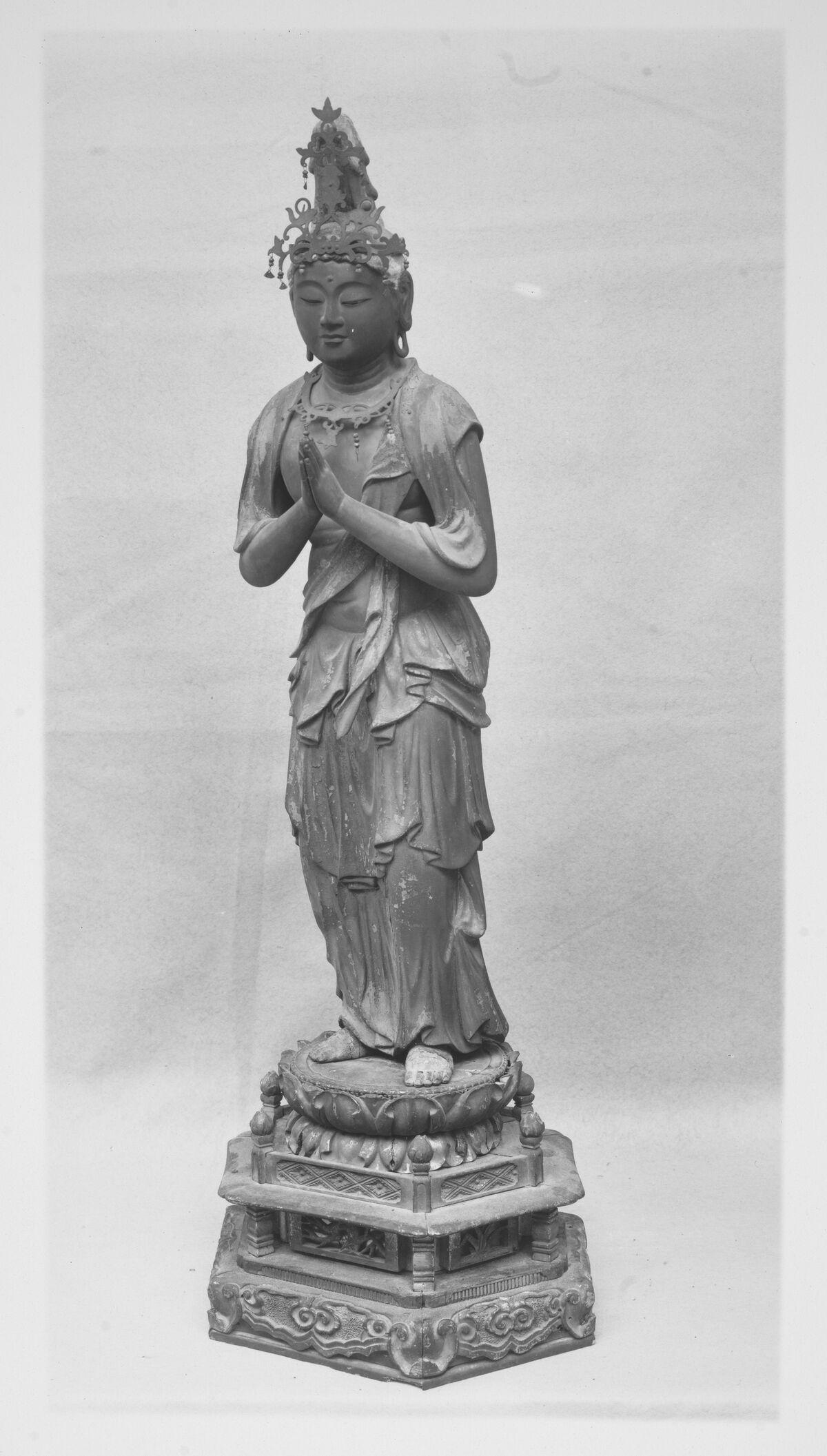勢 至 菩薩, Asistente Bodhisattva Seishi, finales del siglo XIII-XIII, Japón.  Cortesía del Museo Metropolitano de Arte.