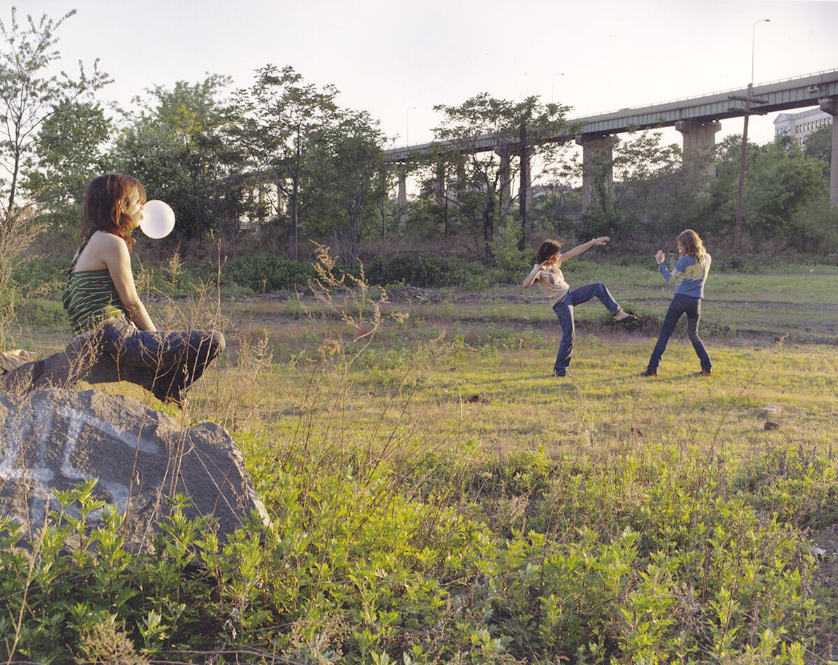 Justine Kurland, Kung Fu Fighters, 1999. © Justine Kurland. Courtesy the artist and Mitchell-Innes & Nash, New York.