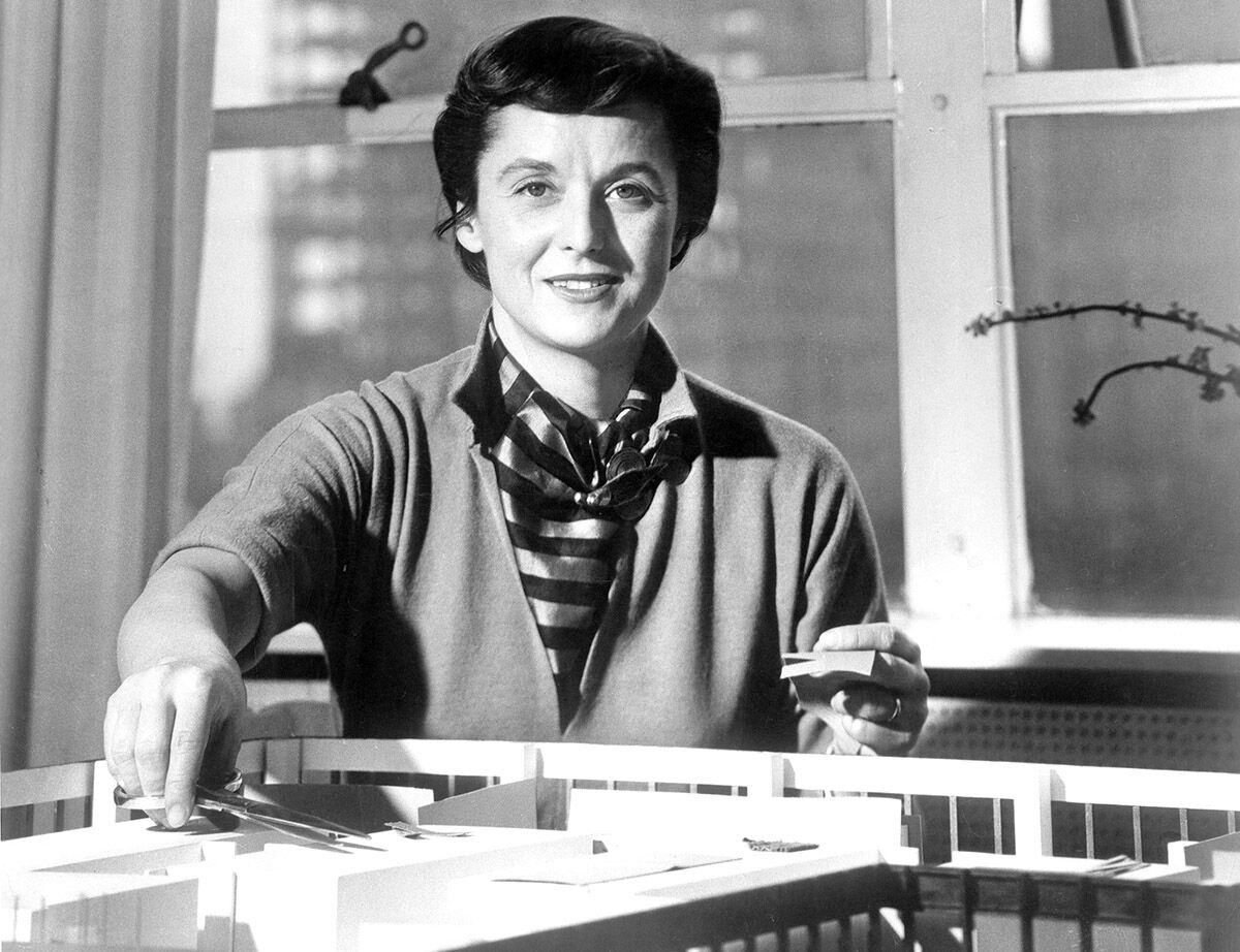 Portrait of Florence Knoll. Courtesy of Knoll, Inc.