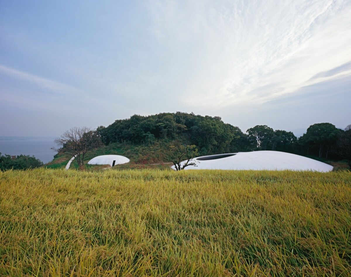 Photo by Ken'ichi Suzuki, courtesy of Teshima Art Museum.