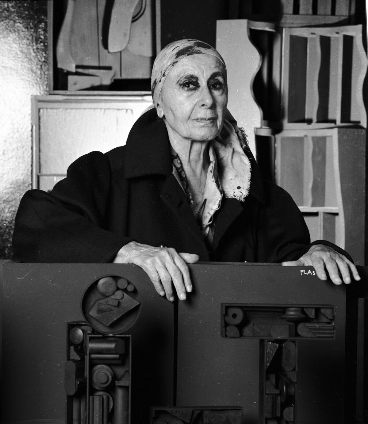 Portrait of Louise Nevelson in her New York City studio, 1983. Photo by Jack Mitchell/Getty Images.