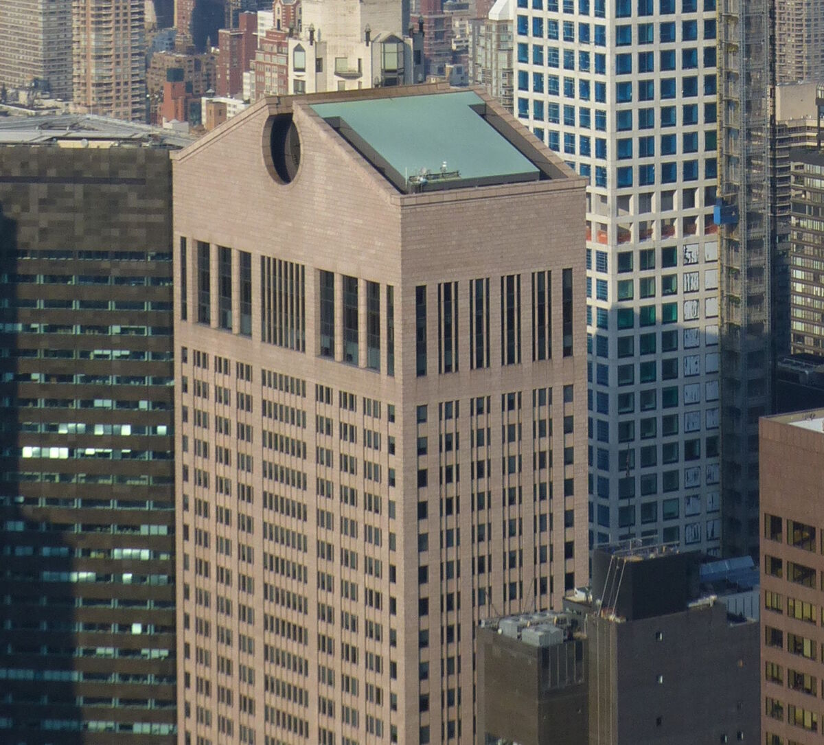 550 Madison Avenue, better known as the AT&T Building, designed by architects Philip Johnson and John Burgee. Photo by Citizen59, via Wikimedia Commons
