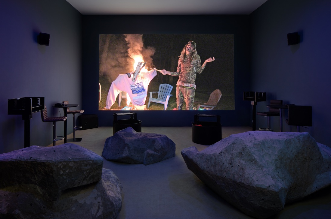 Installation view of Retreatery Butte (2016). Photo by Pierre Le Hors.© Lizzie Fitch / Ryan Trecartin. Courtesy of Andrea Rosen Gallery.