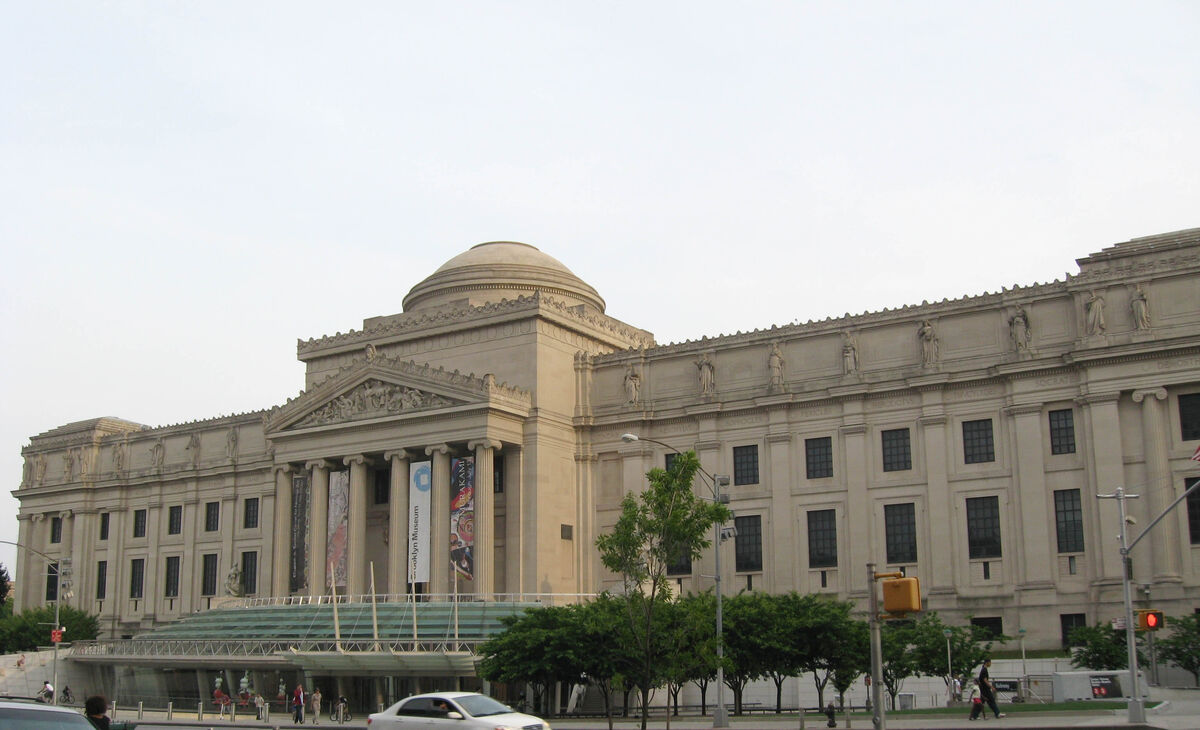 The Brooklyn Museum of Art. Image via Wikimedia Commons.