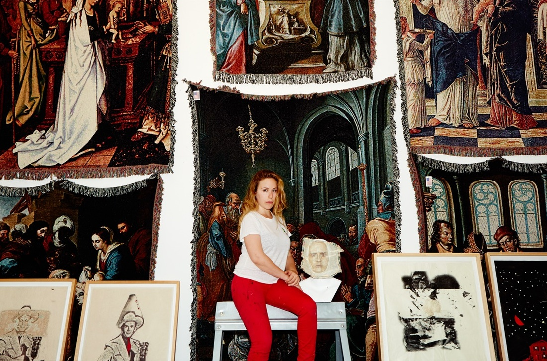 Portrait of Rachel Libeskind in her studio, July 2016. Photo by Vera Comploj.