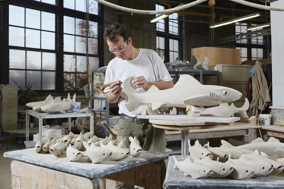 Washington artist David Franklin in the Kohler Co. Pottery during his 2015 Arts/Industry Residency. Courtesy of John Michael Kohler Arts Center.