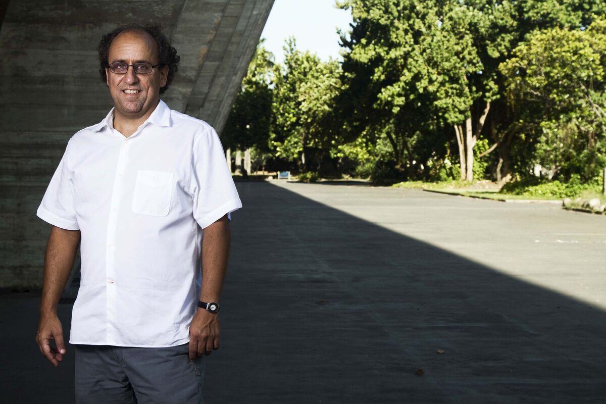 Portrait ofLuiz Camillo Osorio courtesyMAM Rio.