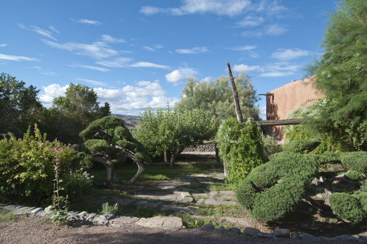 Abiquiú House Gardens Outside of Kitchen, 2010. Photo by Paul Hester and Lisa Hardaway. © Georgia O'Keeffe Museum.