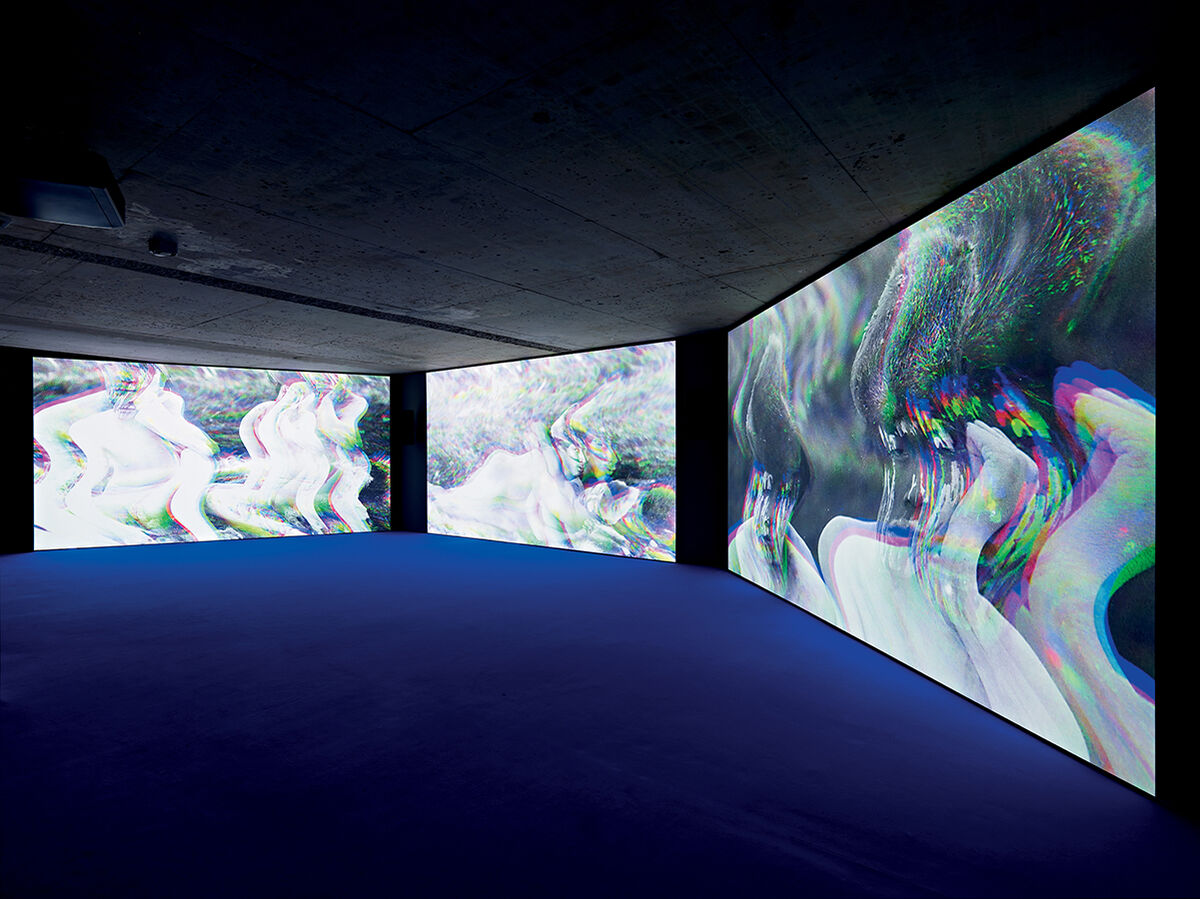 Mario Pfeifer, Approximation in the digital age to a humanity condemned to disappear, 2014-2015. Courtesy KOW.