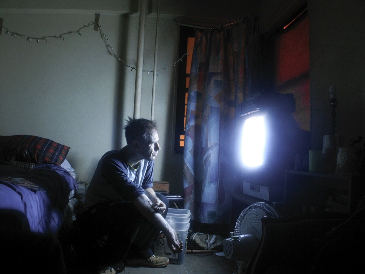 "Graham MacIndoe, Untitled, from the series ""Coming Clean"" (2004-10). © Graham MacIndoe."