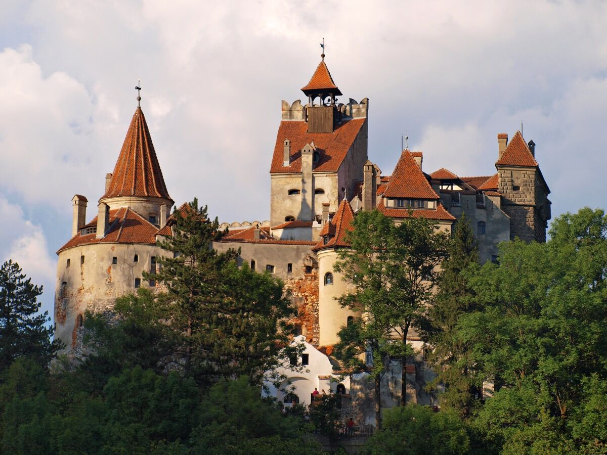 Bran Castle, Romania. Photo via Wikimedia Commons.