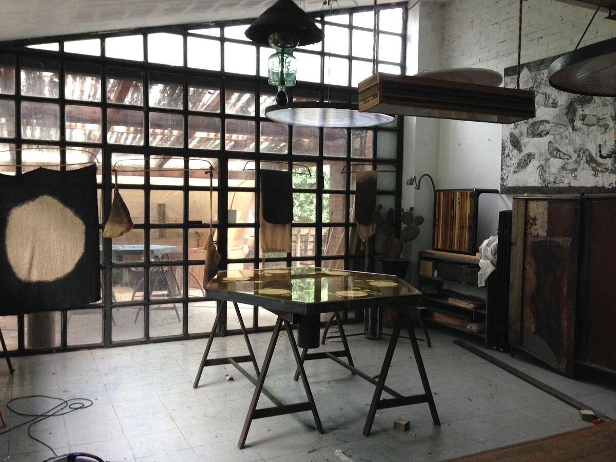Carlo Trucchi's Tuscany studio. Courtesy Carlo Trucchi andErastudio Apartment-Gallery.