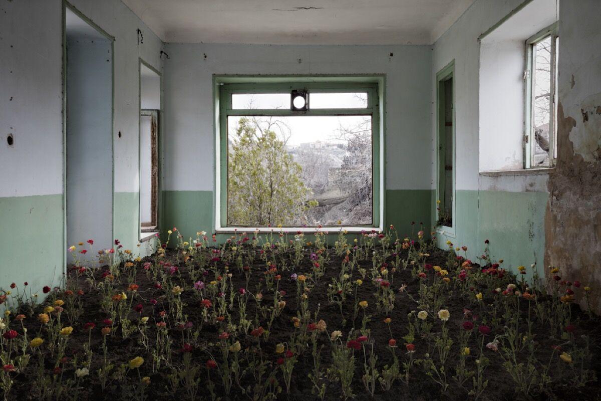 Gohar Dashti, Home, 2017. Courtesy of Robert Klein Gallery.