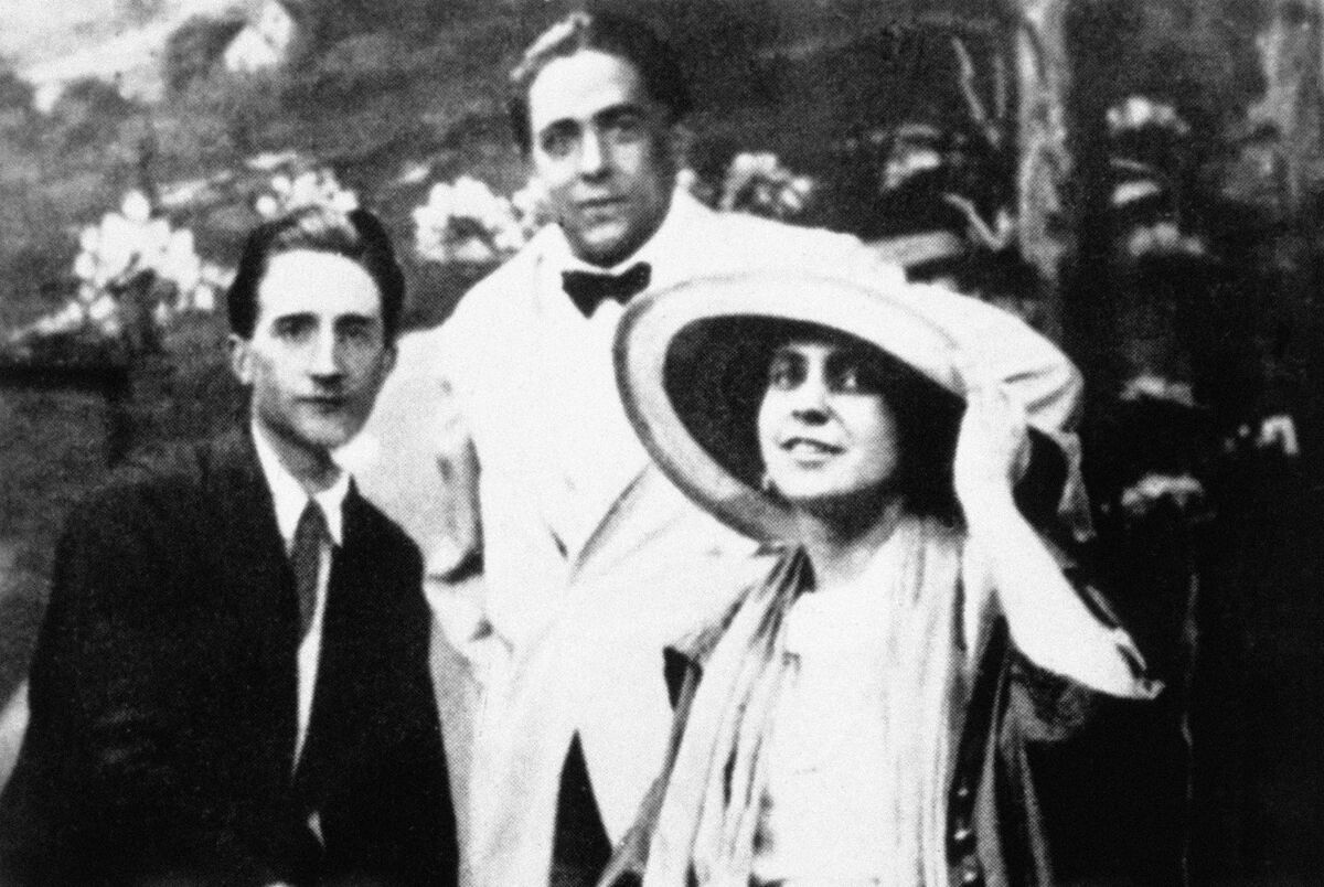 Marcel Duchamp, Francis Picabia and Beatrice Wood, 1917, USA, New York, London, National Gallery. Photo by Photo12/UIG, via Getty Images.