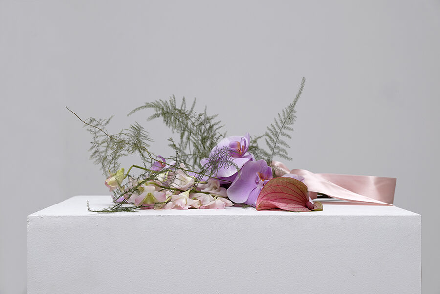 Kapwani Kiwanga, Flowers for Africa: Nigeria, 2014.Courtesy of the artist, Galerie Tanja Wagner, Berlin, andGalerie Jérôme Poggi, Paris.Photo by Aurelien Mole.