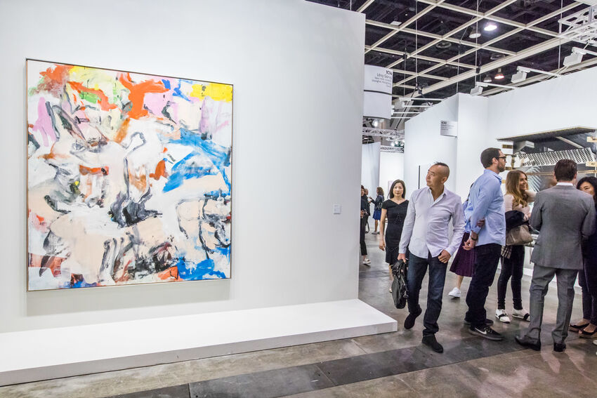 Installation view of Willem de Kooning's Untitled XII (1975) in Lévy Gorvy's booth at Art Basel in Hong Kong, 2018. Courtesy of Art Basel.