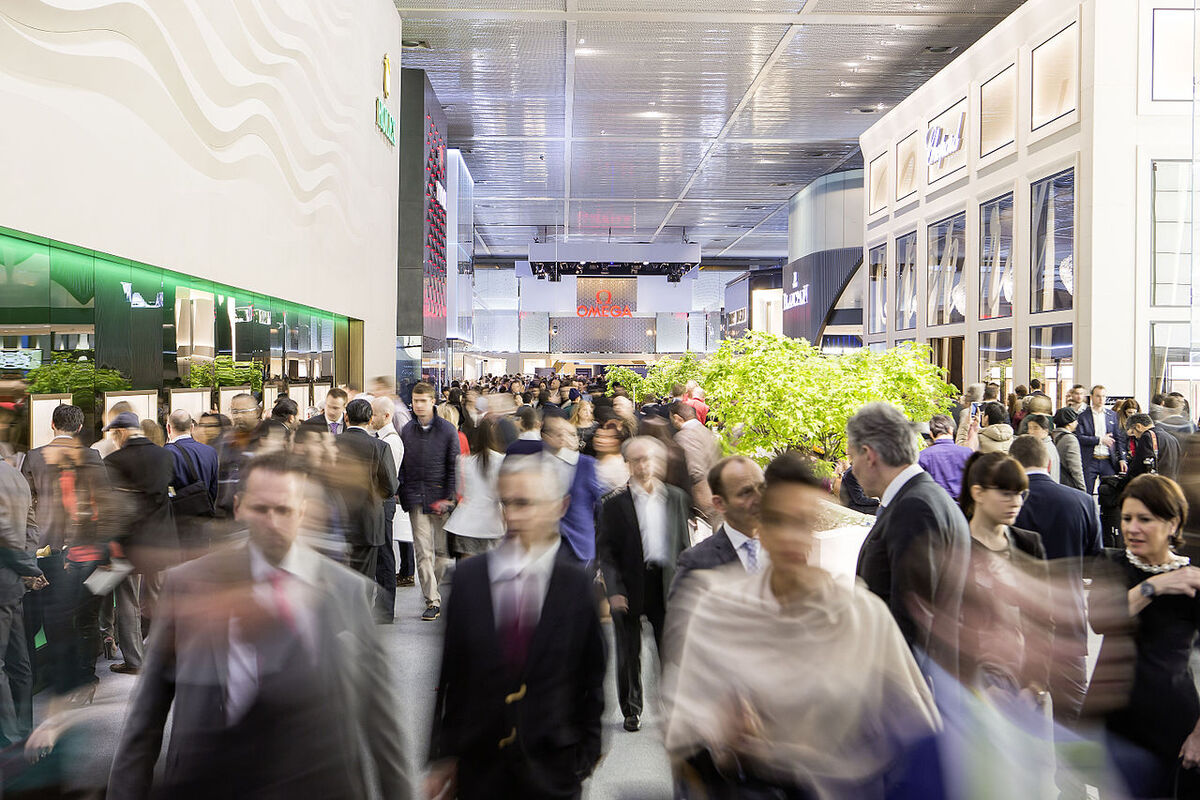 Crowds at the Baselworld fair in 2015. Photo by Baselworld, via Wikimedia Commons.