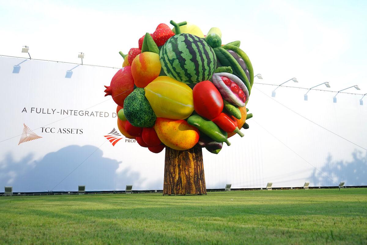 Choi Jeong Hwa, Fruit Tree, 2017. Courtesy of Bangkok Art Biennale.