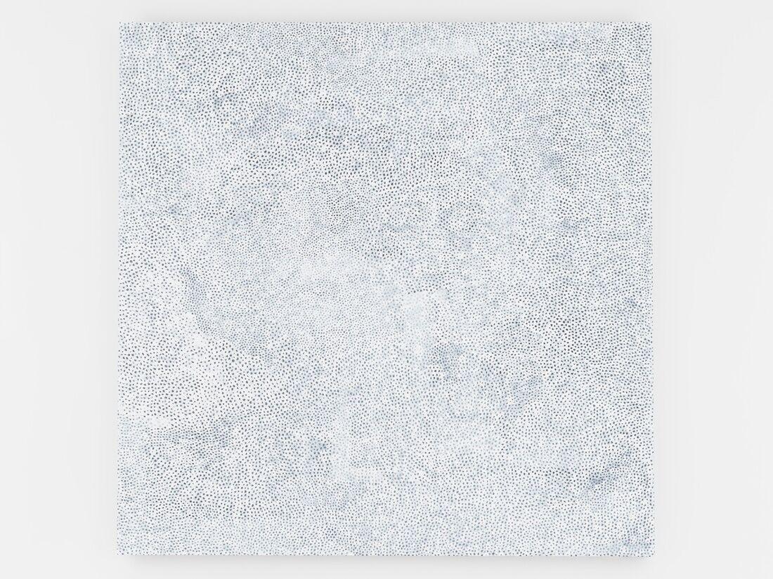 Yayoi Kusama, INFINITY-NETS [AAKN], 2016. © Yayoi Kusama. Courtesy of David Zwirner, New York; Ota Fine Arts, Tokyo / Singapore; Victoria Miro, London; YAYOI KUSAMA Inc.