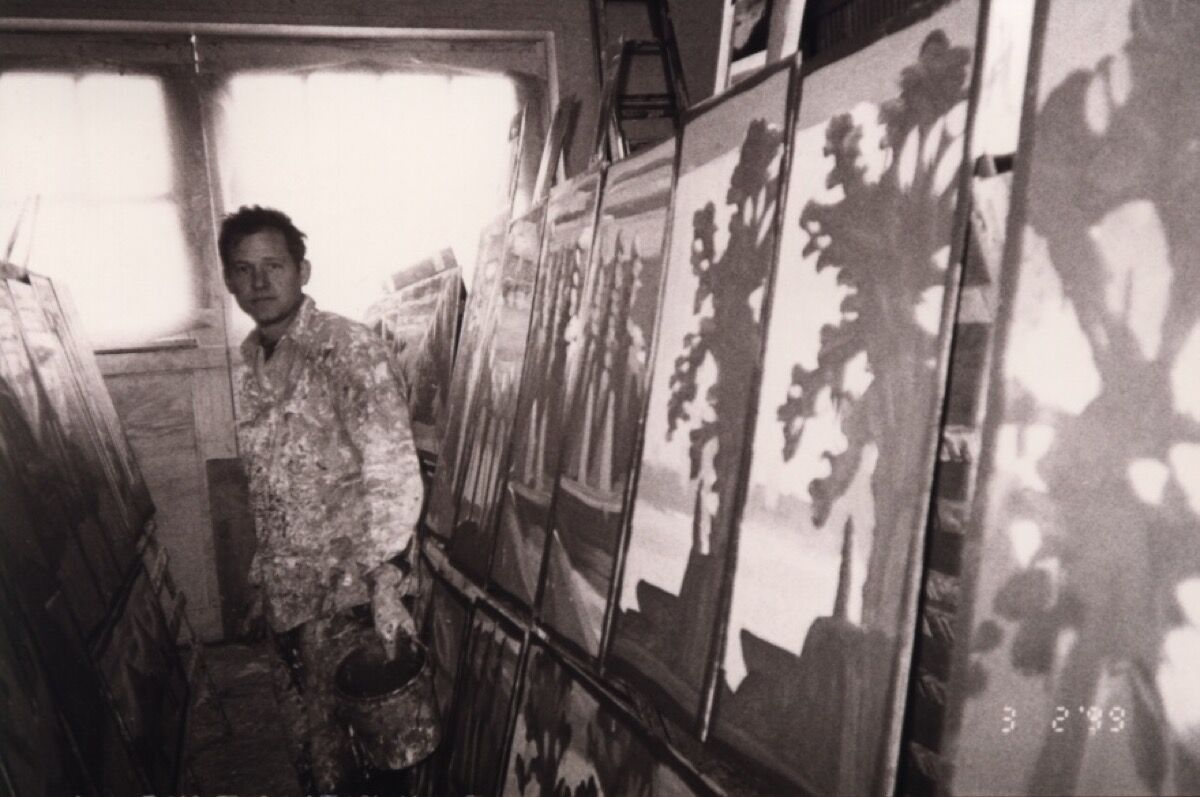 Portrait of Steve Keene in his studio circa 1999. Courtesy of the artist.