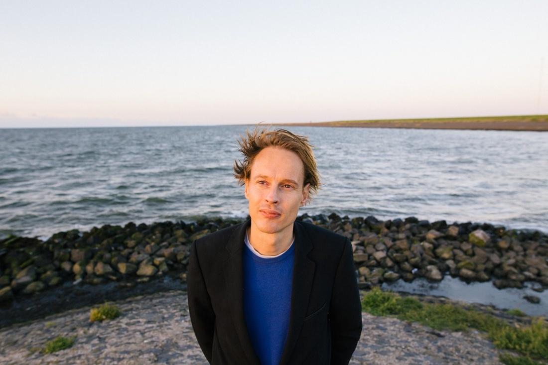 Portrait of Daan Roosegaarde. Photo by Willem de Kam.